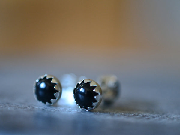 Women's Silver Bezel Set 5mm Black Onyx Gemstone Post Earrings