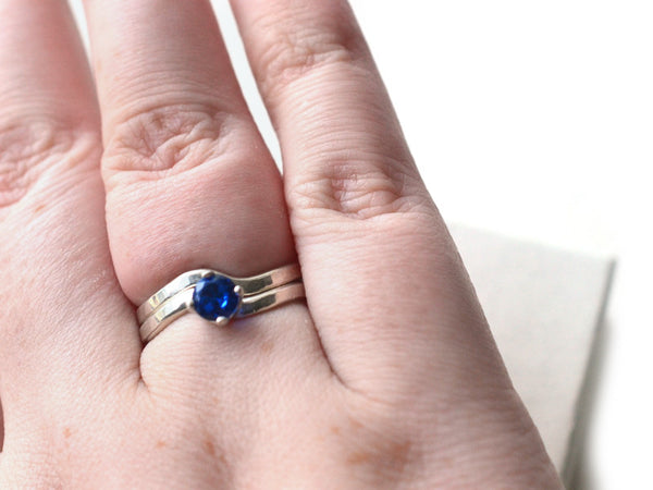 5mm Blue Spinel Solitaire Ring in Sterling Silver