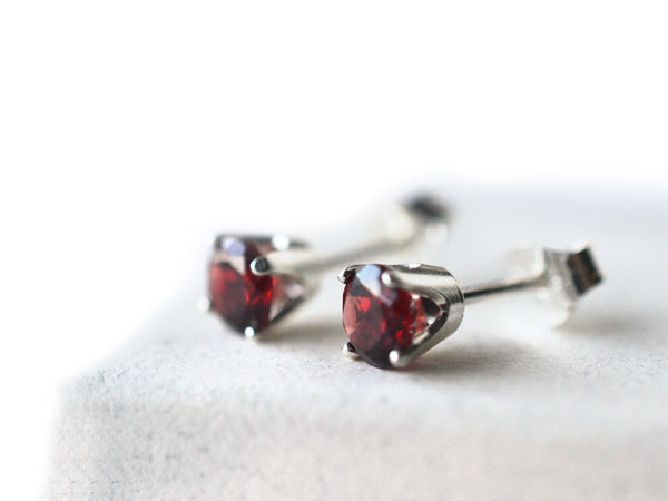 5mm Garnet Post Earrings in Sterling Silver