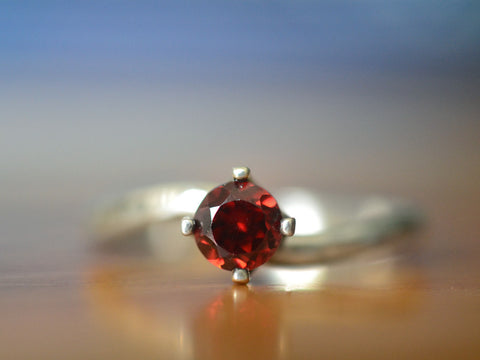 Sterling Silver & 5mm Garnet Solitaire Engagement Ring