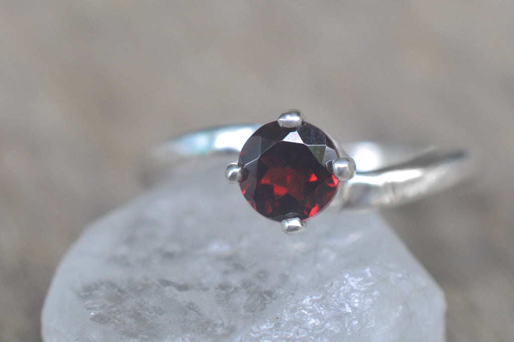 5mm Red Garnet Solitaire Ring in Silver