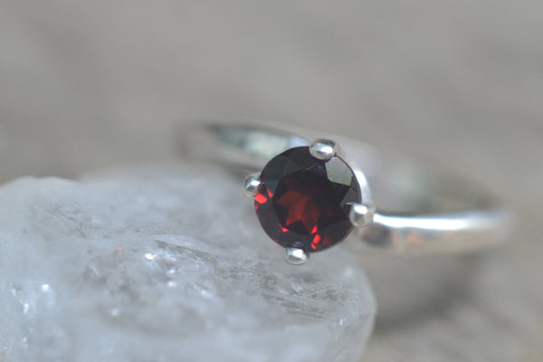Simple Silver & 5mm Faceted Garnet Ring