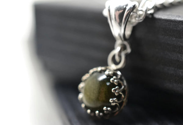Simple Golden Obsidian Bridal Pendant with Silver Chain