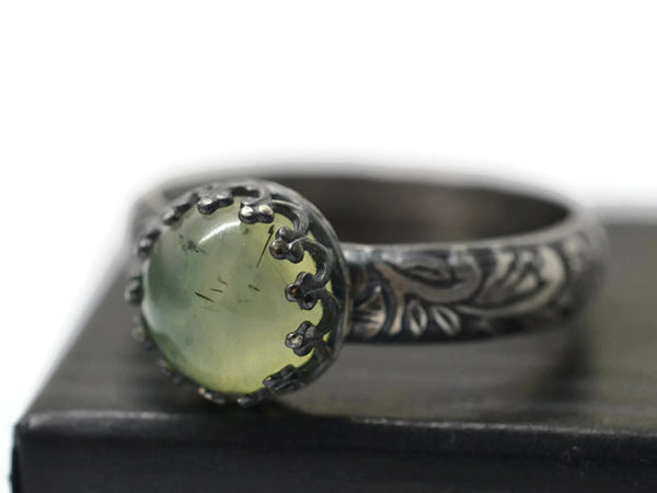 Handmade Oxidized Floral Silver 8mm Prehnite Ring