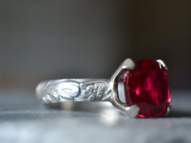 Vintage Style Ruby Engagement Ring With Flower Pattern Band