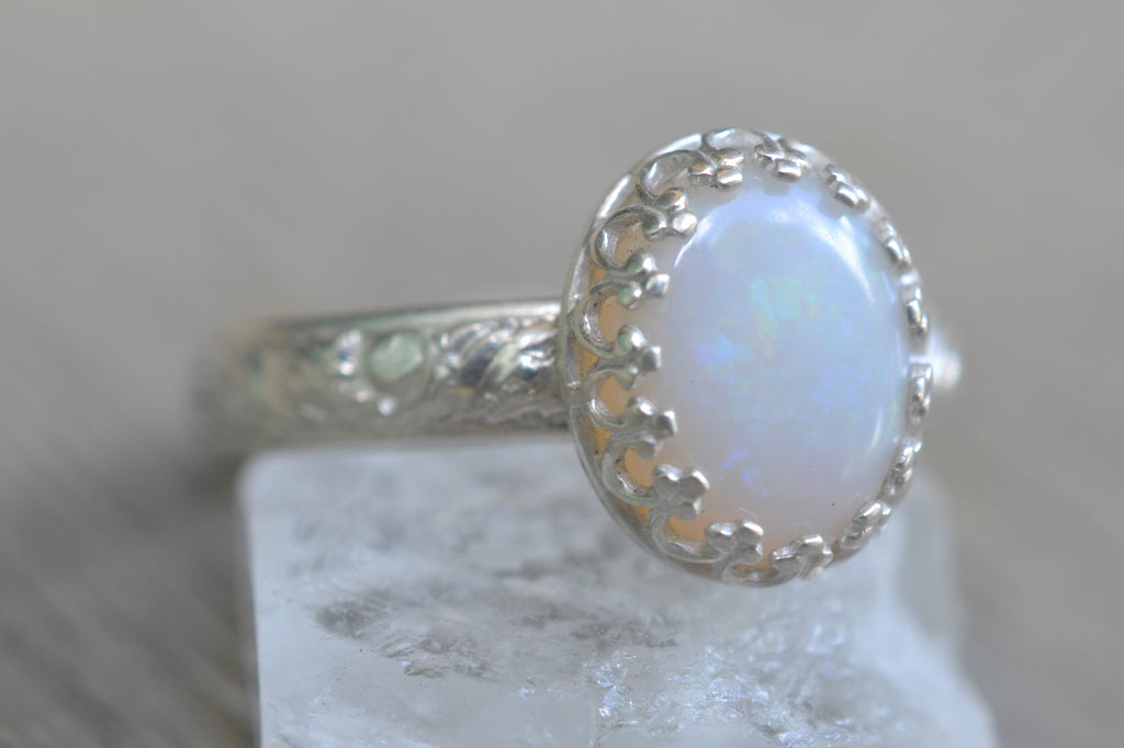 Coober Pedy White Opal Ring in Silver