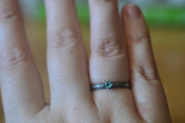 Women's Gothic Little Apatite Promise Ring in Oxidised Silver