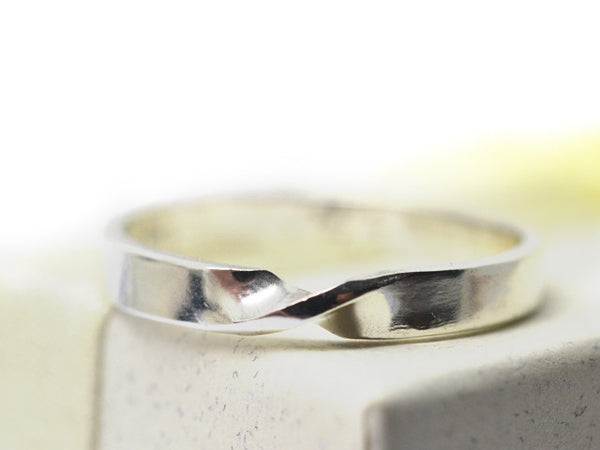 Handmade 3mm Wide Sterling Silver Mobius Ring with Engraving