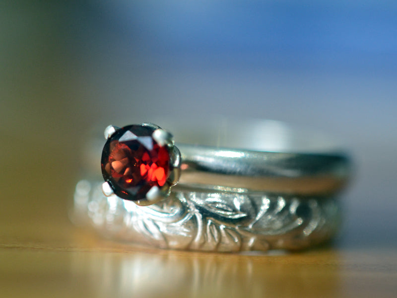 Women's Sterling Silver & Garnet Wedding Ring Set