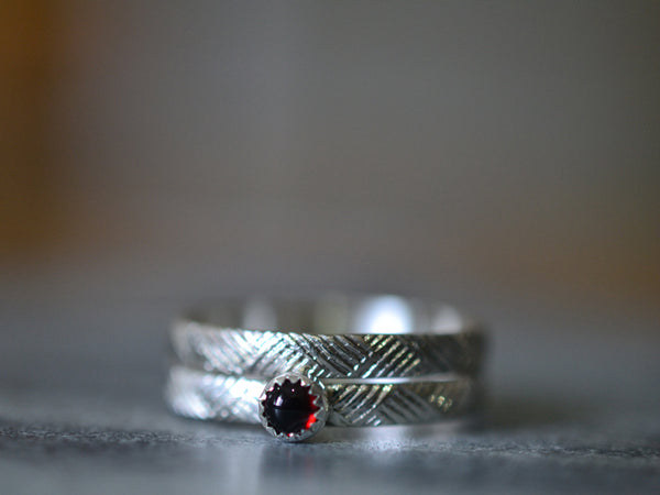 Tiny Red Garnet Wedding Set: Shiny or Oxidized Silver, Florentine Weave Textured Bands