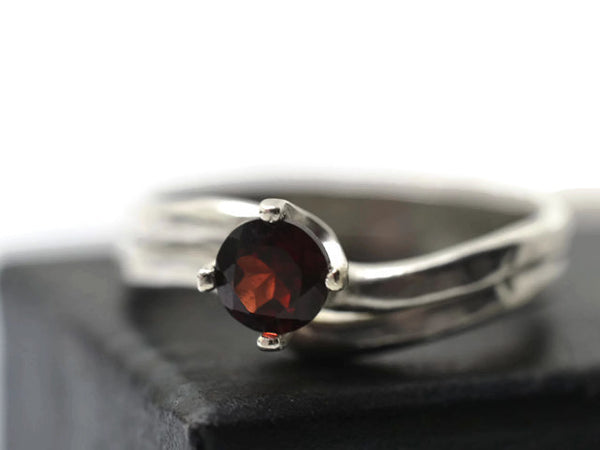 Women's Sterling Silver & 5mm Garnet Wedding Ring Set