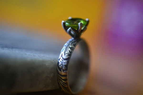 Gothic Peridot Engagement Ring With Flower Pattern Band