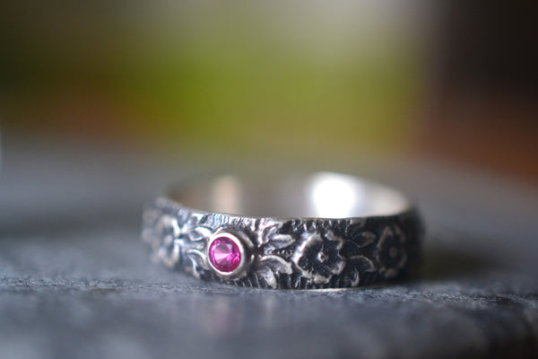 Gothic Roses Wedding Ring With Inset Ruby Accent Stone