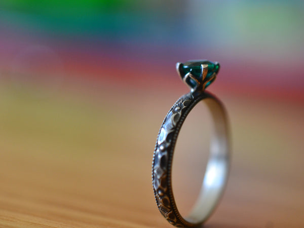 Women's Oxidised Silver & 5mm Emerald Engagement Ring