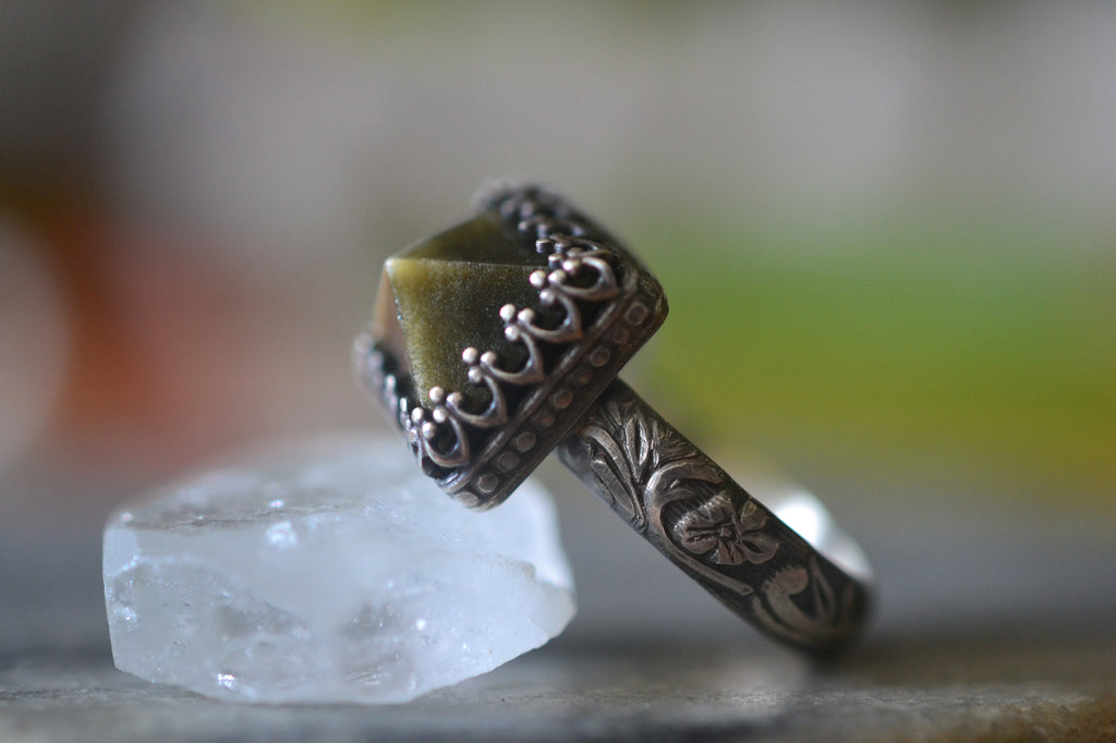 Gothic Gold Obsidian Point Ring in Oxidised Silver