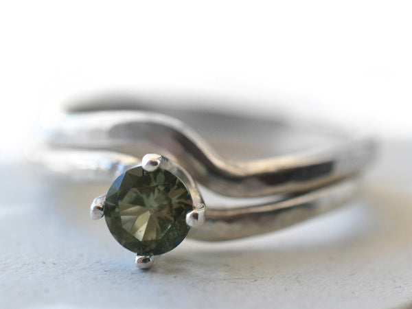 Wavy Sterling Silver Green Spinel Engagement Ring Set