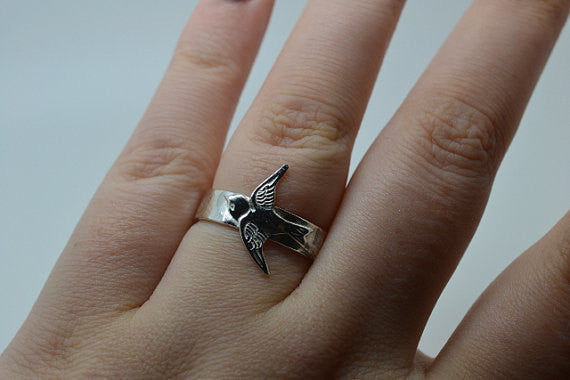 Engravable Silver Swallow Charm Ring