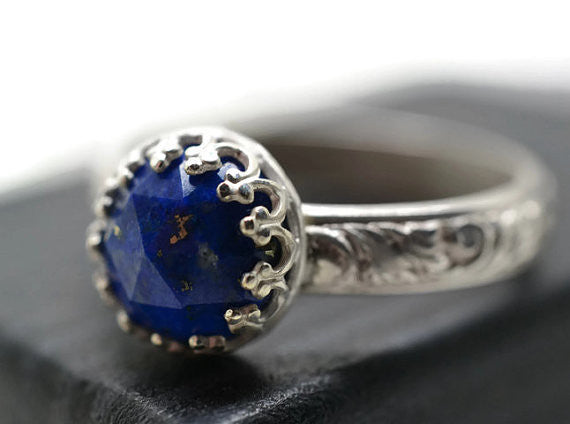 Handmade Floral Silver Natural Lapis Lazuli Cocktail Ring