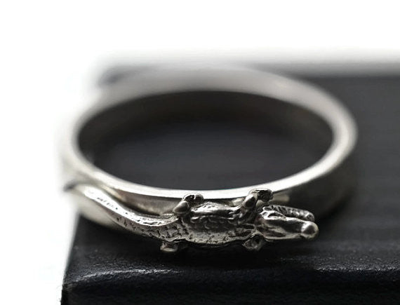 Engravable Silver Crocodile Ring