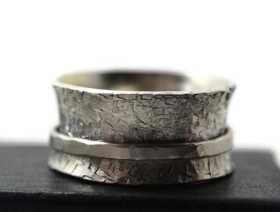 Shiny Silver Spinner Ring