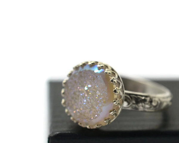 Handmade Patterned Floral Silver White Druzy Ring