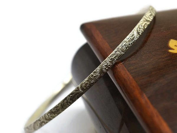 Handmade Sterling Silver Feather Plume Pattern Bangle