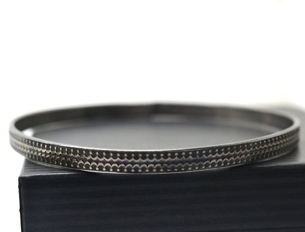 Handforged Oxidized Silver Crown Patterned Stacking Bangle