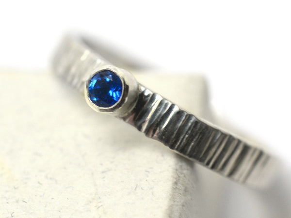 3mm Kashmir Blue Topaz Tree Bark Style Promise Ring