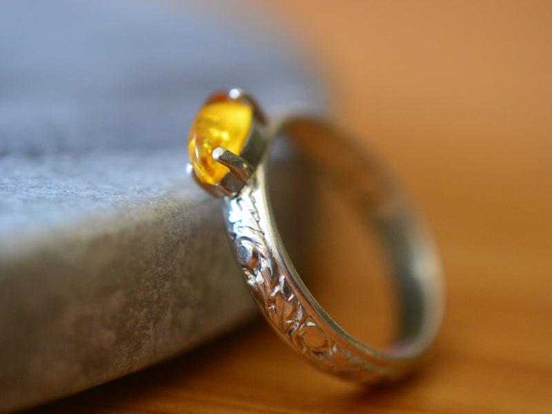 Renaissance Style Floral Silver Baltic Amber Ring