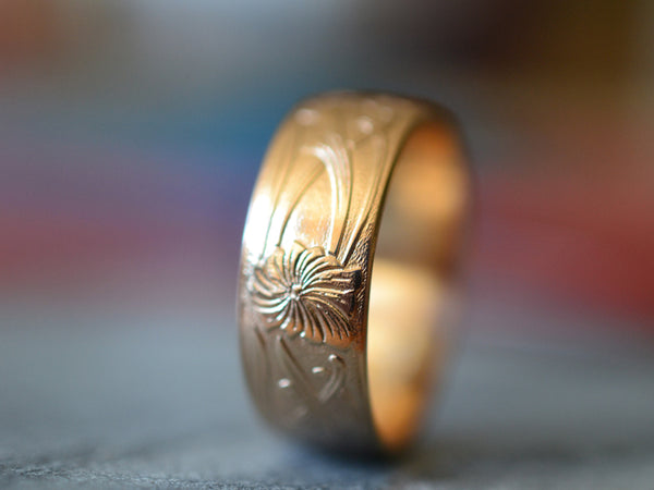 Handcrafted 14K Yellow Gold Flower Pattern Wedding Ring