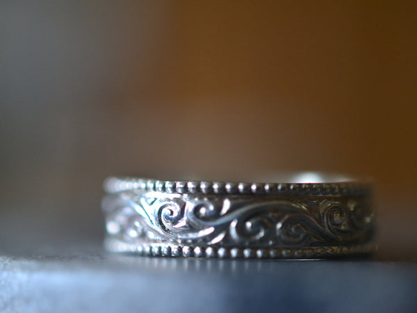 Art Nouveau Inspired Wedding Band For Men With Milgrain Swirl Pattern