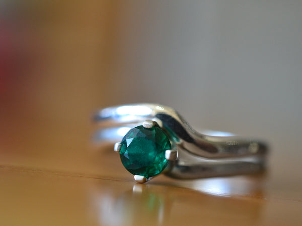 Women's Minimalist Emerald Engagement Ring Set in Silver