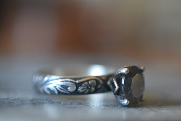 Flower & Leaf Engagement Ring in Oxidized Silver With Labradorite