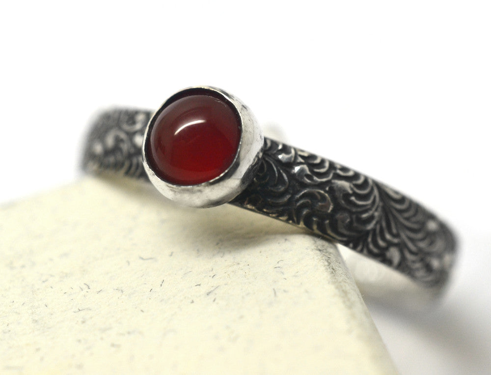 Oxidized Plume Pattern Natural Carnelian Promise Ring