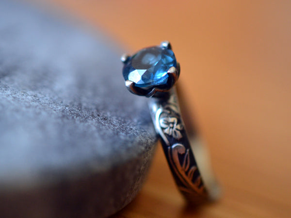 8mm London Blue Topaz Engagement Ring with Flower Pattern