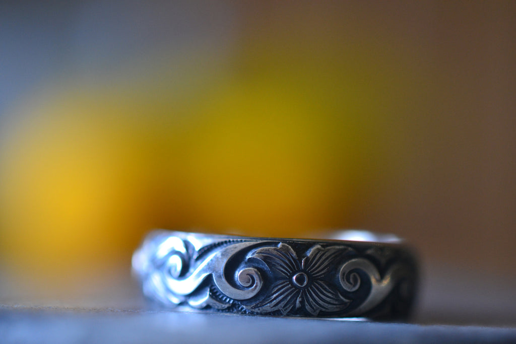 Oxidised Silver Dogwood Flower Wedding Band
