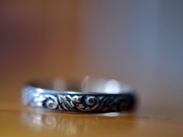 Oxidised Floral Silver Wedding Band for Women