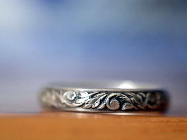 Oxidized Silver Floral Renaissance Style Narrow Wedding Band