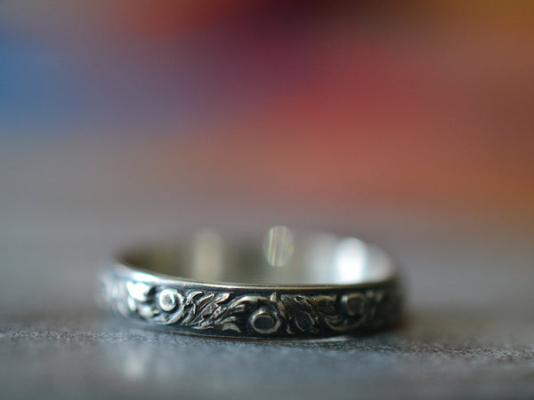 Gothic Oxidised Floral Silver Renaissance Band