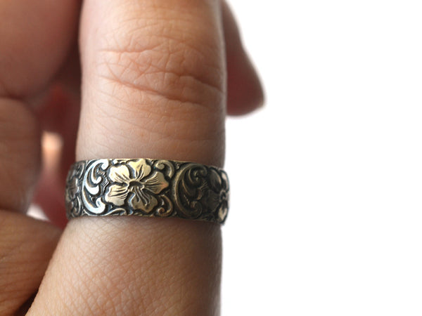 Oxidized Silver Hibiscus Flower Wedding Band