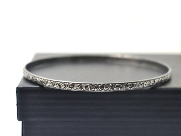 Handmade Oxidized Silver 3mm Renaissance Pattern Bangle