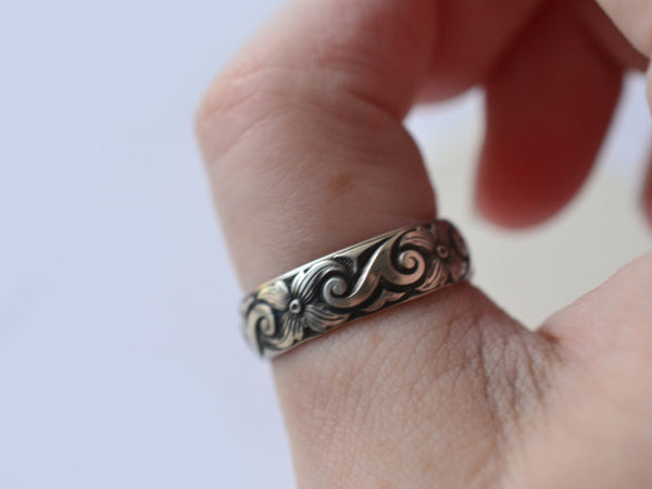 Oxidized Silver Scroll & Flower Wedding Band