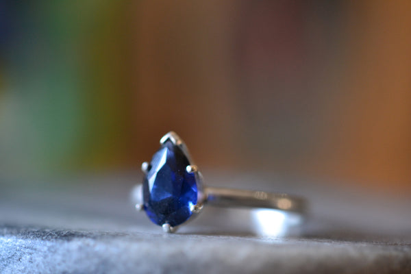 Ladies Sterling Silver Sapphire Gemstone Ring With Engraving