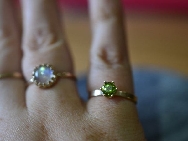 Natural Green Peridot Engagement Ring in Solid 14K Gold