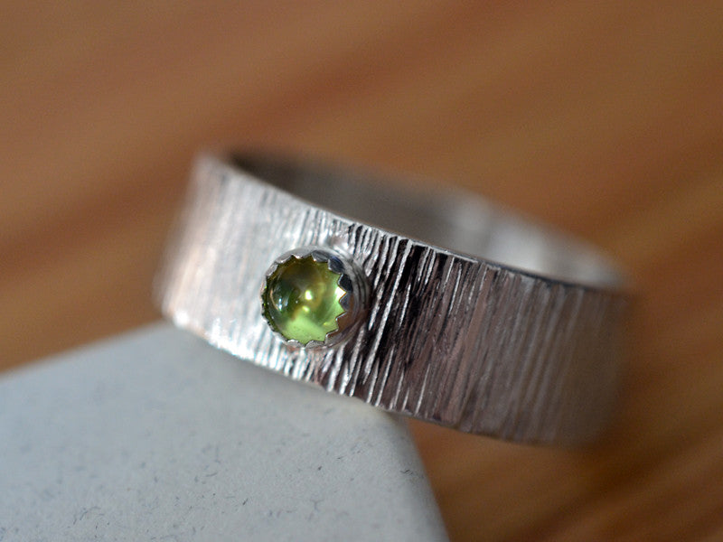 Sterling Silver Tree Bark Wedding Band with 4mm Peridot