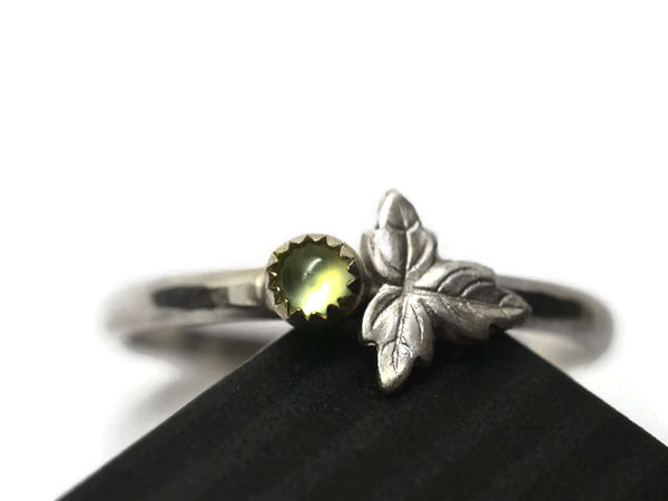 Dainty Green Prehnite & Leaf Ring