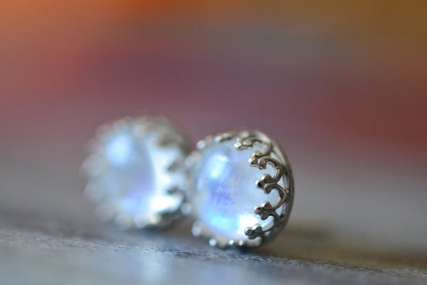 Women's 8mm Round Rainbow Moonstone Gemstone Studs