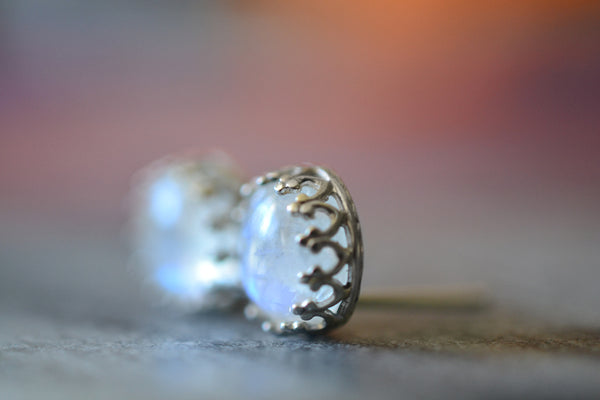 Simple Natural Rainbow Moonstone Post Earrings In Silver