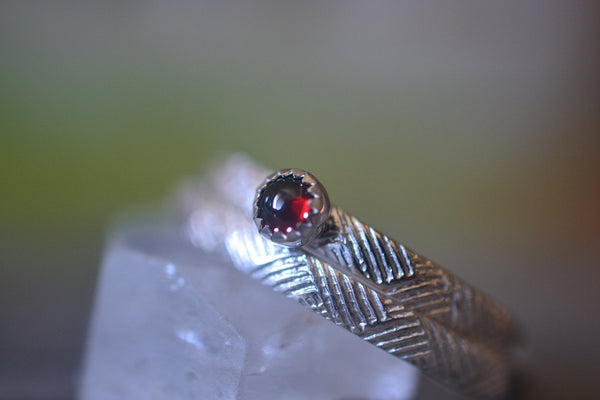 Florentine Silver Weave Wedding Band Set With Tiny Garnet