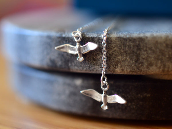Simple Sterling Silver Seagull Ear Threads